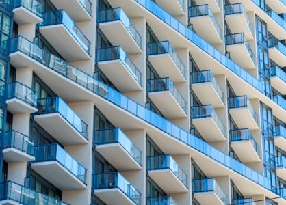 Experts Define How Condominiums Differ from Townhouses